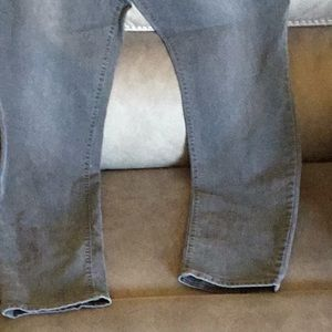 MID RISE ,GREY JEANS